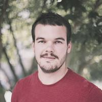 julian-community-manager